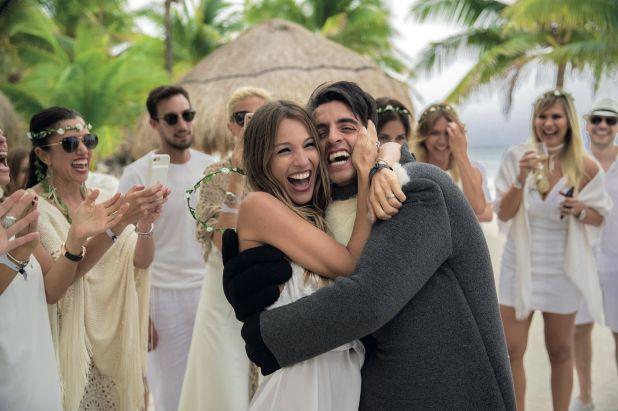 Compinches desde siempre, él la sorprendió en la Riviera Maya para el festejo de su cumpleaños de 40