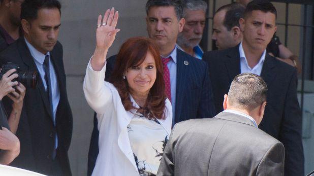 La vicepresidenta electa Cristina Kirchner este lunes en los Tribunales Federales de Comodoro Py (Adrián Escandar)