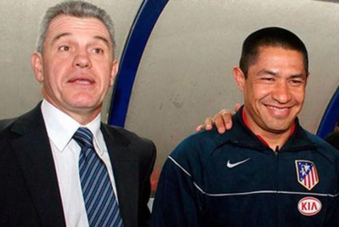 Javier Aguirre y Nacho Ambriz llegaron al Atleti en 2006 (Foto: Especial)