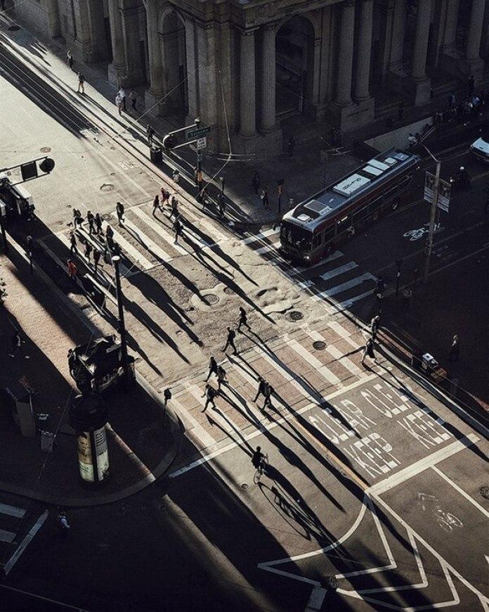 """El segundo lugar fue para Cocu Lui (EE.UU) con """"Chasing Light"""" (Persiguiendo la luz), una imagen que tomó con un iPhone 7 Plus en San Francisco, Estados Unidos."""