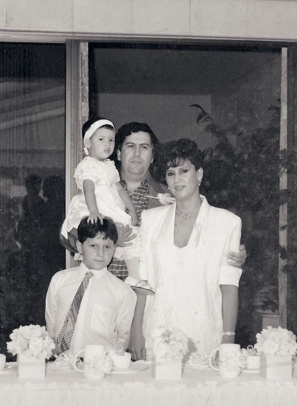 La familia Escobar antes de la muerte y el exilio. Foto: Archivo Atlántida