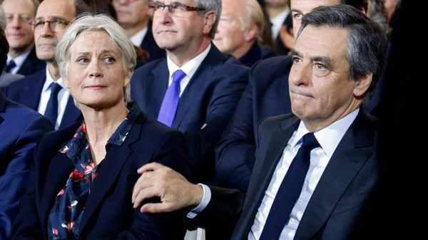Francois Fillon y su esposa, Penelope Fillon (Reuters)