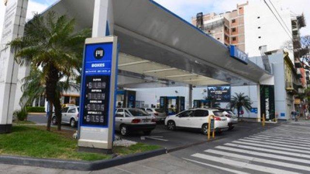 La semana pasada las estaciones de servicio aumentaron desde 2,5% sus precios en surtidores
