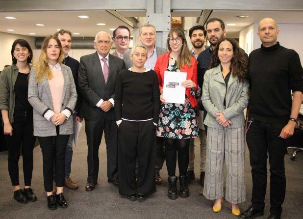 El constitucionalista Gil Lavedra, el penalista Roberto Carlés, el ex titular de la Oficina Anticorrupción y la abogada Natalia Volosín, entre los impulsores del Acuerdo. (Foto ACIJ)
