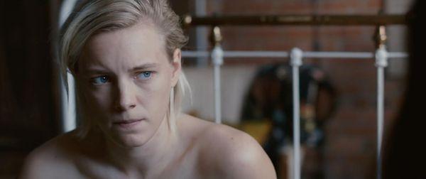 La cinta marca el debut cinematográfico de la modelo Erika Linder.