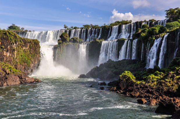 crisis turismo argentina - cataratas del iguazu