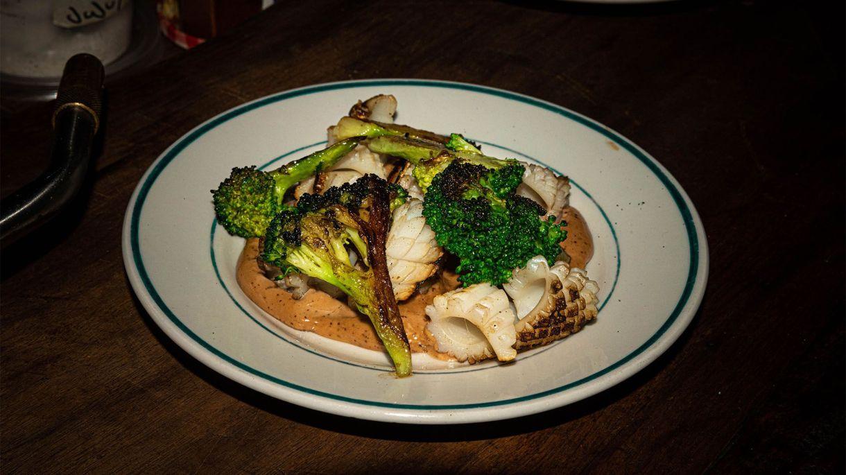 La mejor opción para probar distintos gustos es pedir diferentes platos para compartir