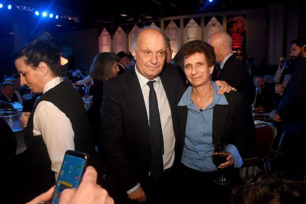 Gustavo Lombardi junto a la embajadora de Israel, Galit Ronen