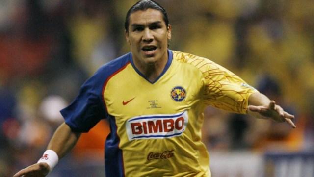 Salvador Cabañas estaba en un gran momento de su carrera cuando sufrió un atentado. (Foto: Archivo)