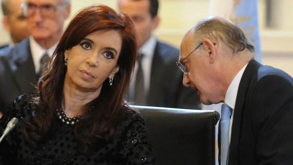 La ex presidente Cristina KIrchner junto a Timerman (NA)