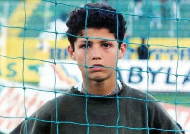 Cristiano Ronaldo contó que cuando tenía 12 años iba a pedir que le regalen hamburguesas