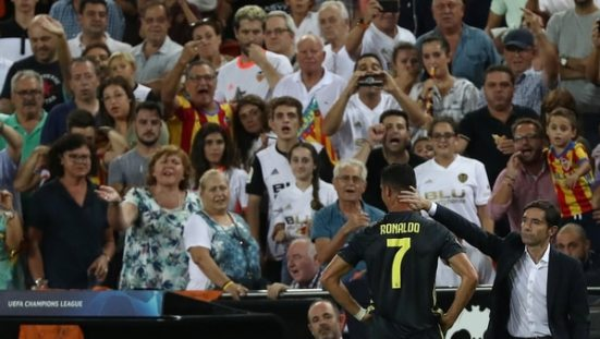 Cristiano se retiró entre lágrimas (Reuters)