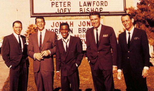 """Frank Sinatra junto a Dean Martin y Sammy Davis Jr.: formaron parte del famoso """"Rat Pack""""."""