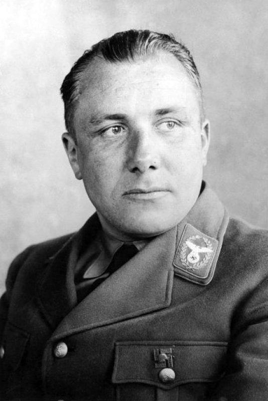 Martin Bormann, jefe del Partido Nazi y secretario privado de Adolf Hitler