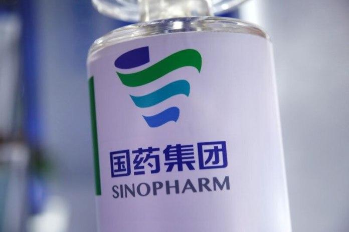 El Gobierno continúa negociando con los chinos para obtener la vacuna de Sinopharm (REUTERS/Tingshu Wang)