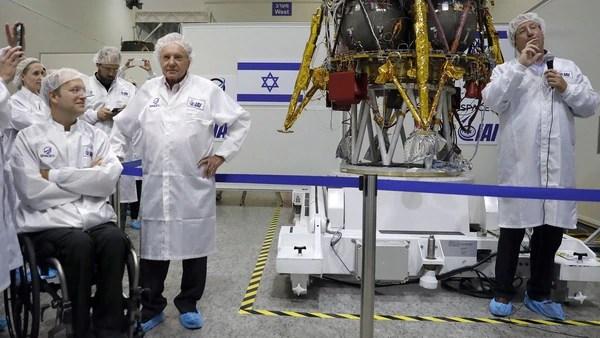 La iniciativa, de carácter privado, pretende enviar la misión a la luna en diciembre (AFP)