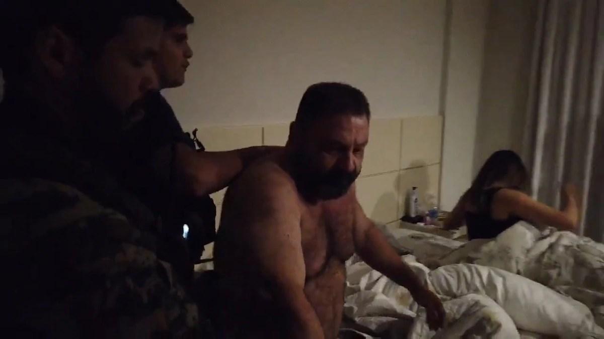 """""""¡Quieto allí""""!: el momento en que detuvieron en Paraguay al jefe narcotraficante brasileño que abastecía al PCC y al Comando Vermelho"""