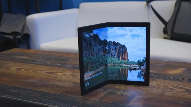 LaThinkPad X1 es la nueva laptop de pantalla plegable de Lenovo, que saldrá a la venta a mediados de año.