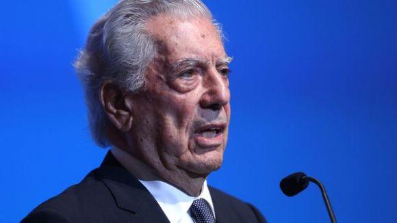 Vargas Llosa es un crítico de los populismos en el mundo. Resaltó el papel de Mauricio Macri en la región y está esperanzado en que América Latina salga adelante (EFE)