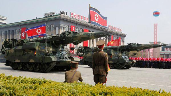 Así luce el misil KN-17 que lanzó fallidamente el régimen el viernes pasado (Reuters)