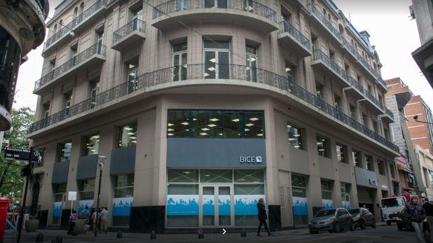 """La sede del Banco de Inversión y Comercio Exterior (BICE), que garantiza los préstamos para el pago de salarios a través del """"Fondo de Garantías"""""""