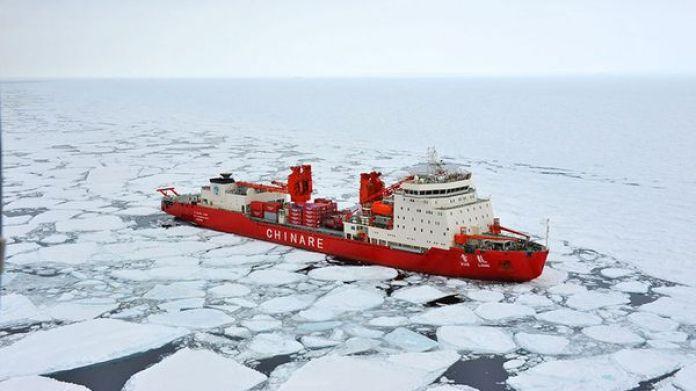 Xue Long, el rompehielos que despertó las alarmas de Occidente por su incursión en el Ártico. El régimen también busca expandirse a la Antártida