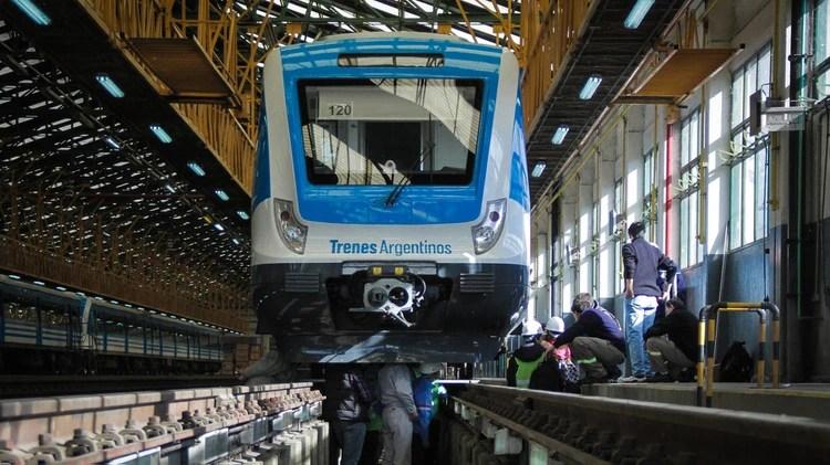 Presentaron la implementación del sistema de frenado automático en las unidades de la Línea Roca