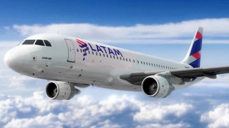 Las nuevas tarifas de Latam arrancan en $449 para volar a Córdoba