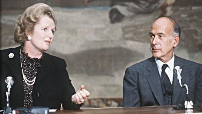 Giscard d'Estaing junto a la premier británica Margaret Thatcher (GABRIEL DUVAL / AFP)