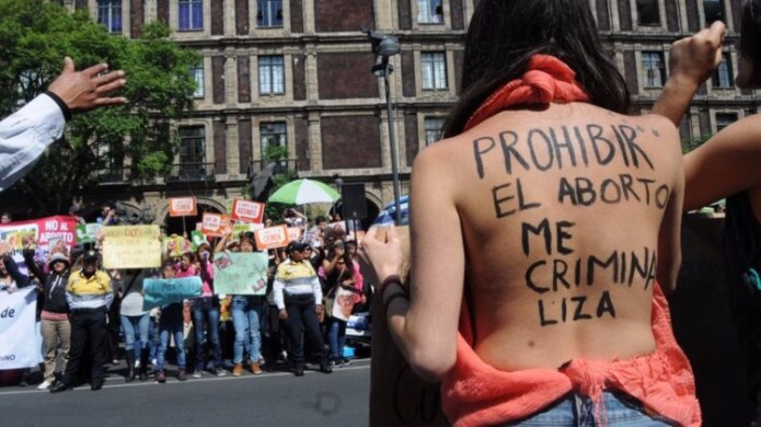Different organizations indicated that their proposal discriminated against women (Photo: Cuartoscuo)