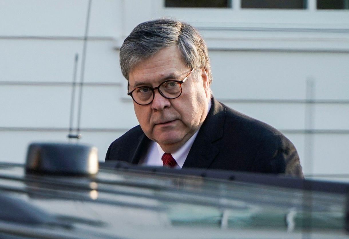 El fiscal general, William Barr, fue criticado por su enfoque al presentar sus conclusiones del informe de Robert Mueller (Reuters)