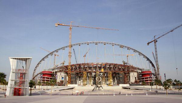 Construcción de los estadios para el Mundial de Fútbol que Qatar organizará en 2022 (Reuters)
