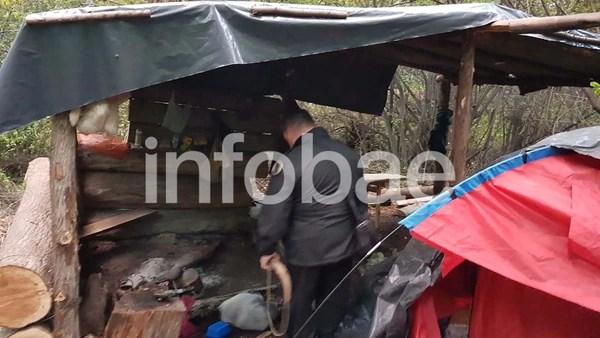 Parte del allanamiento en un asentamiento mapuche en Villa Mascardi