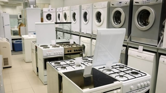 La encuesta de Kantar TNS refleja una decisión de los consumidores de recortar las compras de bienes durables como lavarropas, heladeras y hornos