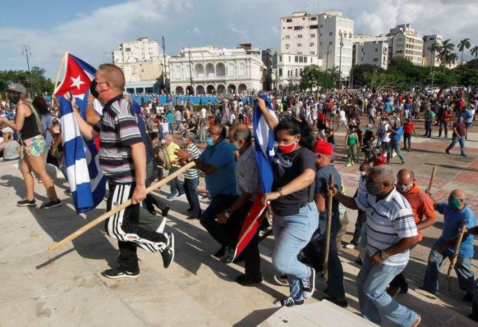 Las protestas en las calles de Cuba terminaron con cientos de heridos y detenidos (REUTERS / Stringer)