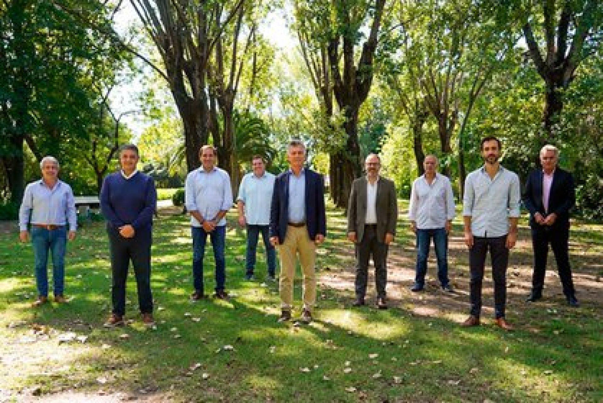 Mauricio Macri con intendentes bonaerenses