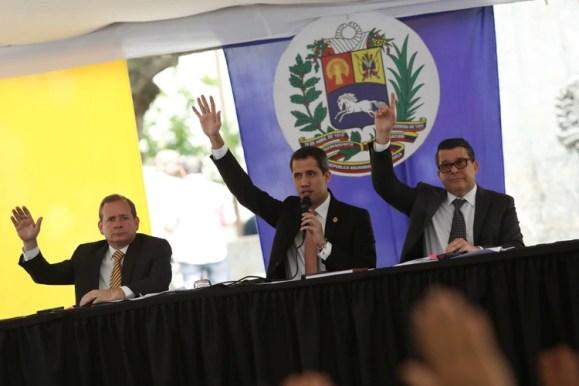 Guaido preside la sesión ordinaria de la Asamblea (REUTERS/Manaure Quintero)