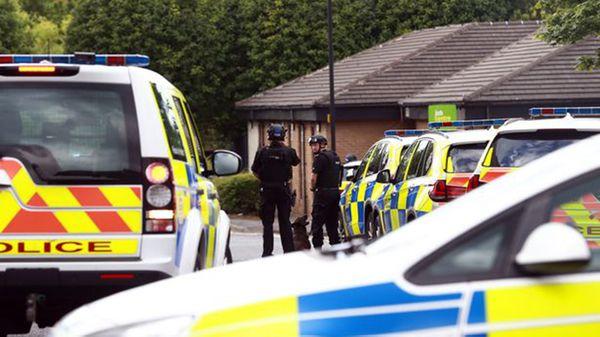 La policía acudió rápidamente al centro de empleo
