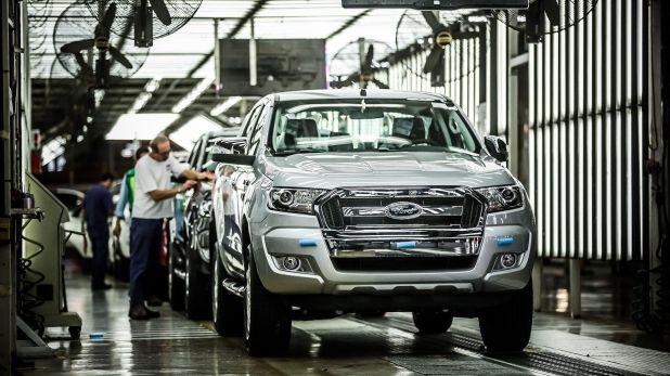 China, Brasil y México proveen a las automtroces locales. En China las fábricas están cerradas, en Brasil y México ya comenzaron a hacerlo
