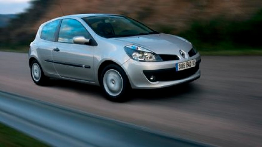 This generation began to share a platform with the Nissan Micra (Renault)