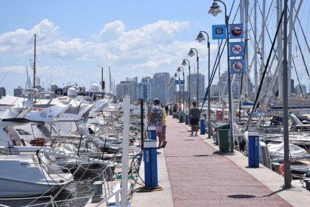 Alrededor de 500 embarcaciones deportivas recalan cada año en el puerto de Punta del Este