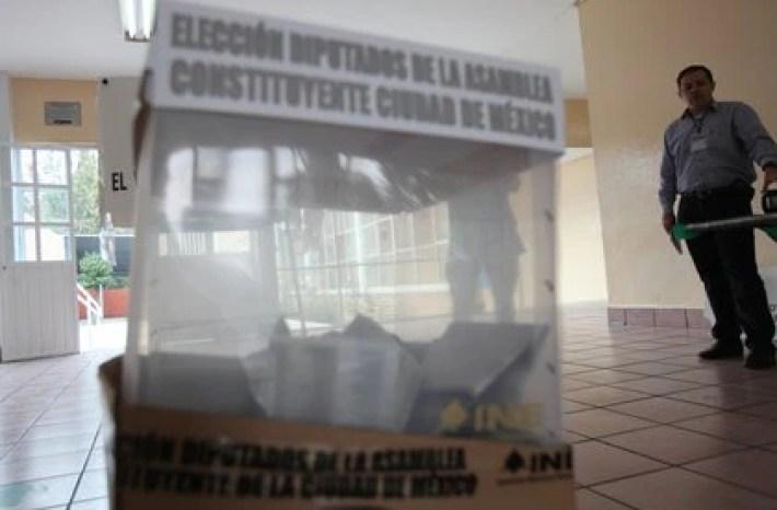 Fotografía de las elecciones en 2016 (Foto: EFE/STR)