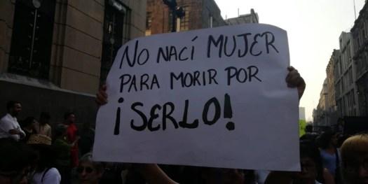 En el contingente también había algunos hombres apoyando la causa (Foto: Arantza Durand)