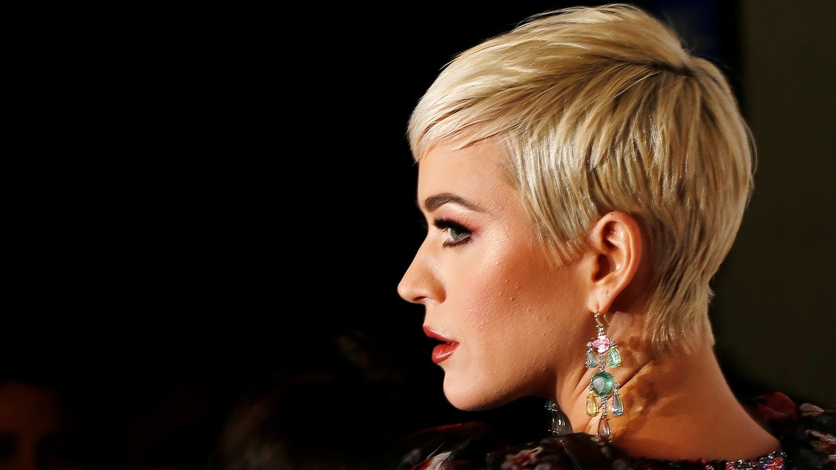 Katy Perry suma una segunda acusación de agresión sexual en su contra, esta vez por una presentadora rusa
