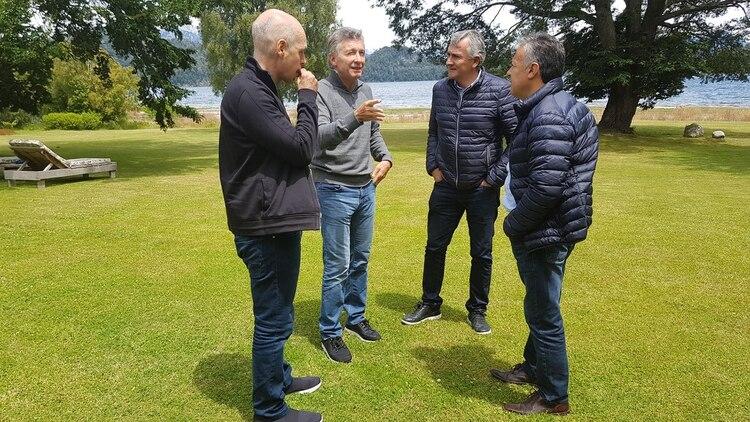 Mauricio Macri junto a Rodríguez Larreta, Alfredo Cornejo y Gerardo Morales