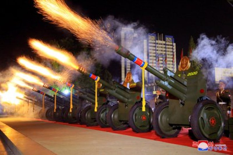 Desfile militar en Corea del Norte. KCNA via REUTERS/File Photo