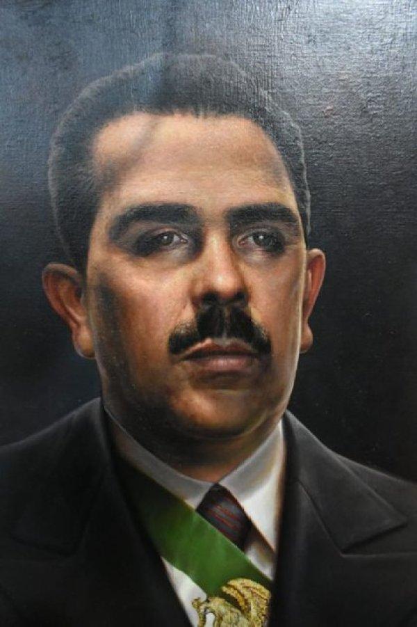 AMLO mandó a hacer una pintura al óleo sobre el expresidente Lázaro Cárdenas, con un valor de 139 mil 200 pesos.