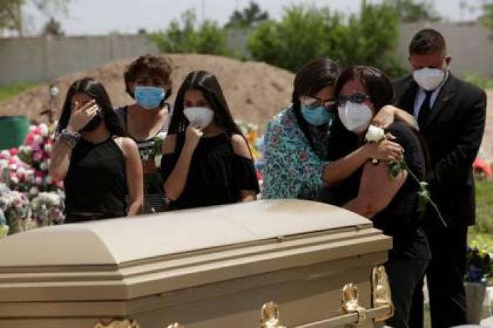 México se ha colado a la lista con las 6 mil 510 muertes reportadas el 21 de mayo. (Foto: Reuters/Jose Luis Gonzalez)