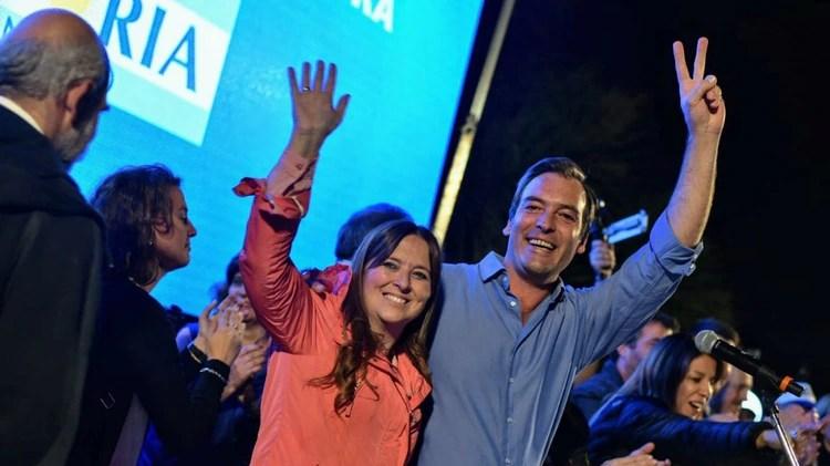 Martín Soria y su compañera de fórmula Magdalena Odarda. Son los principales rivales de Carreras.
