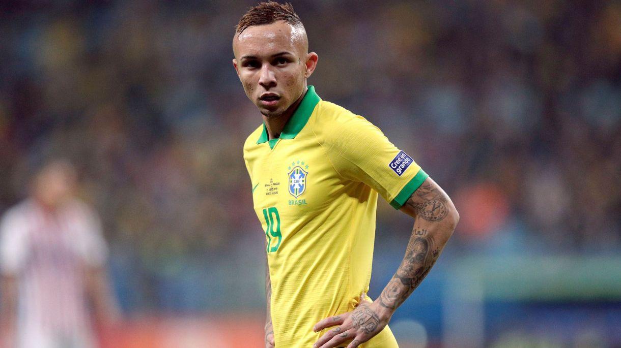 El brasileño está en la órbita del Manchester United